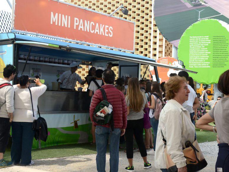 mini pancakes foodtruck